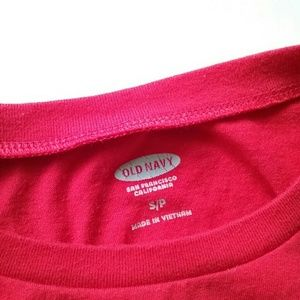 Old Navy Tops - Old Navy Chillin' Netflix Graphic Red Crop Top